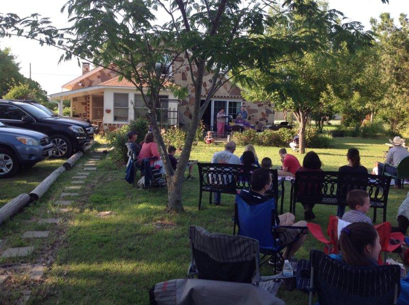 PIANO-Backyard